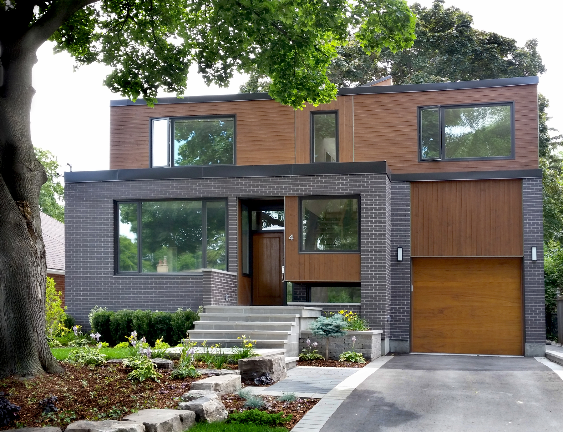 Energy Efficient Renovations : Combining renovations and additions with an overall energy