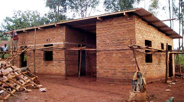 Mud and rammed earth structures coolearth architecture inc for Block homes